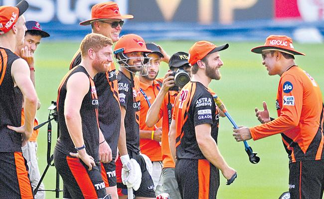 Sunrisers Hyderabad bank on home run for consistency - Sakshi