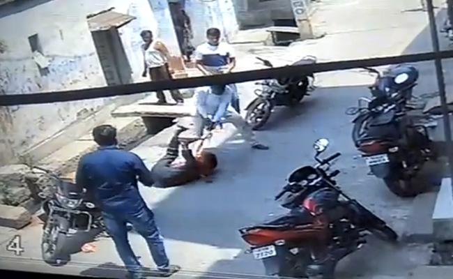 Man Murder attempt over land dispute in Jagtial - Sakshi