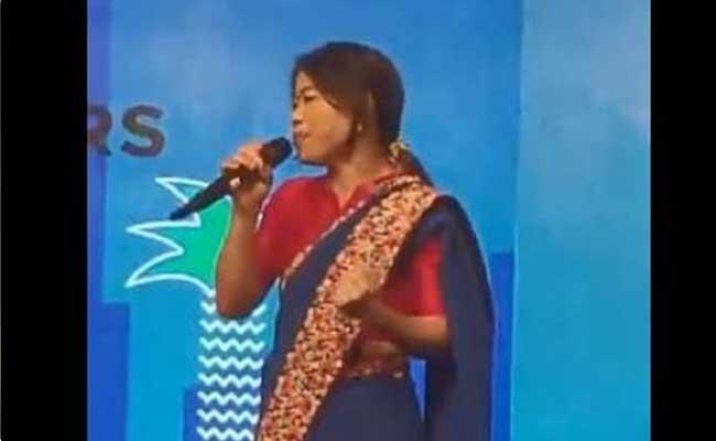 Boxing Star Mary Kom Knocks Out the Audience With Her Singing Skills - Sakshi