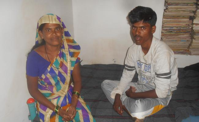 Inter Student Waiting Helping Hands For Education - Sakshi