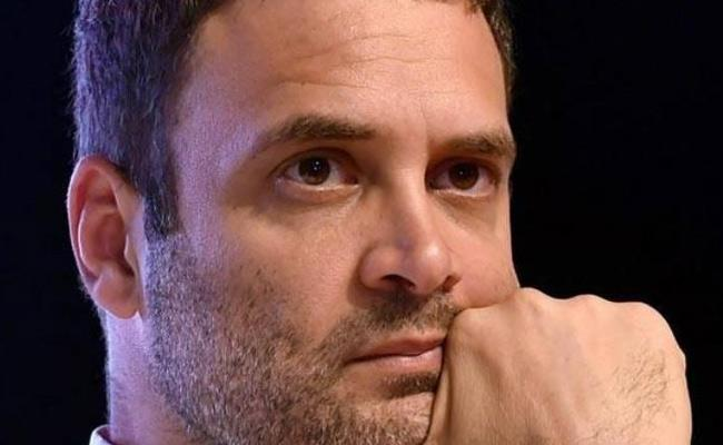 Supreme Court Asked To Rahul Gandhi To Explain His Remarks On Rafale Order - Sakshi