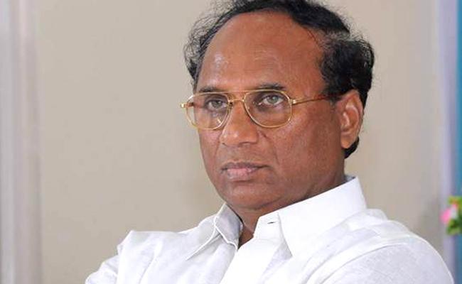 Case Filed Against TDP Leader Kodela Siva Prasada Rao Over His Behaviour During Polling - Sakshi