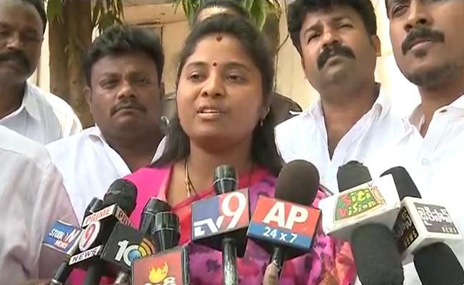 MLA Pushpa Srivani Gets Emotional And Alleges Ex Minister Planned Her Murder - Sakshi