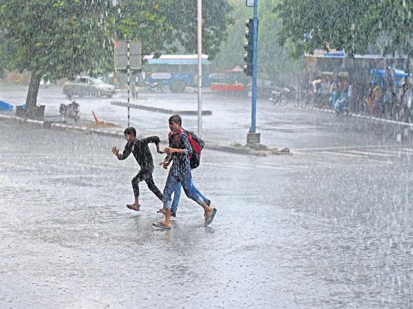 IMD Says That annual rainfall registers 96 percent this year - Sakshi
