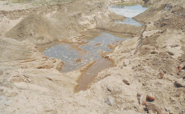 Sand Mafia in Krishna District - Sakshi