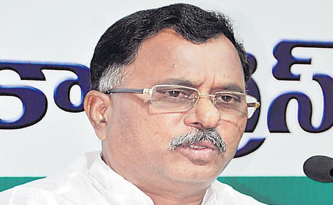 Ravi ridicules CM statement on corruption malady after five years - Sakshi
