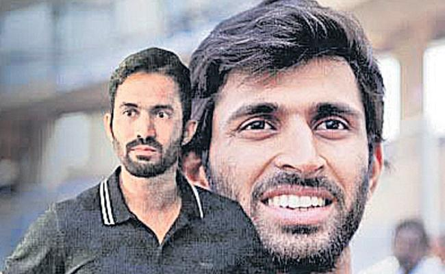 Dinesh Karthik can do whatever India wants at World Cup: Abhishek Nayar  - Sakshi