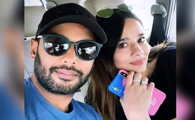 Mayanti Langer Counter To Trolls On Husband Stuart Binny Performance In IPL - Sakshi