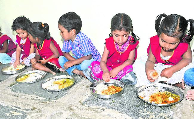 Anganwadi Centers Eggs Is Not Distributed - Sakshi