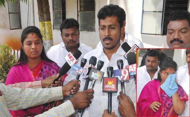 Vizianagaram Police Delayed MLA Pushpa Srivani Case - Sakshi