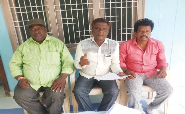 TDP Leaders Grabs APIIC Lands in YSR Kadapa - Sakshi
