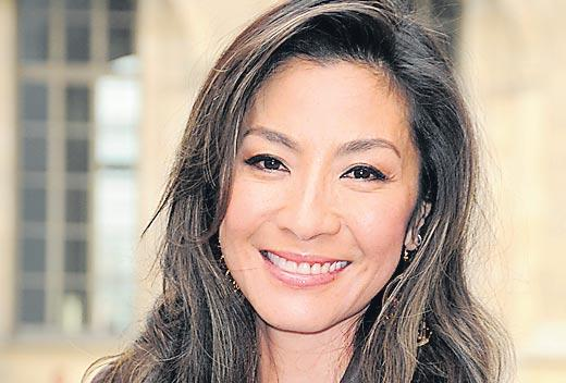 Michelle Yeoh boards James Cameron's Avatar sequels - Sakshi
