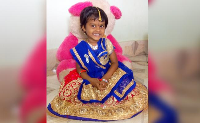 Girl Child Died in Sambar Bowl East Godavari - Sakshi