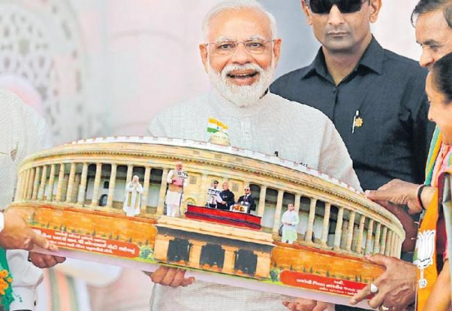 Sardar Vallabhbhai Patel statue not built to spite Jawaharlal Nehru - Sakshi