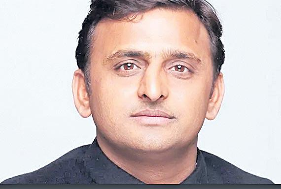 Akhilesh Yadav and wife Dimple declare assets worth Rs 37 cr - Sakshi