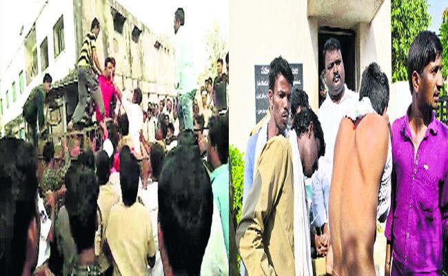 Vegetable Merchants Attacks Municipal Workers In Nirmal - Sakshi