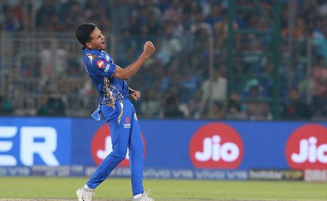 Mumbai Indians beat Dehli Capitals by 40 runs in IPL - Sakshi