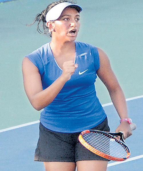 Sravya Shivani defeated in ITF Womens Tourney - Sakshi