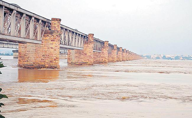 Not conclude on the connectivity of Godavari-Cauvery rivers - Sakshi