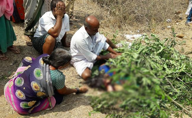 Mother And Child Died in Bus Accident Chittoor - Sakshi