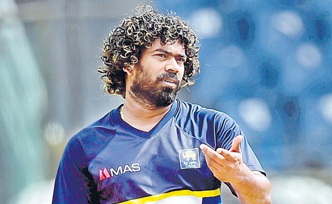 Malinga makes Sri Lanka World Cup squad - Sakshi