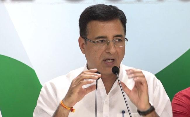 Failure Of Leadership Randeep Surjewala On Priyanka Chaturvedi Resigns - Sakshi