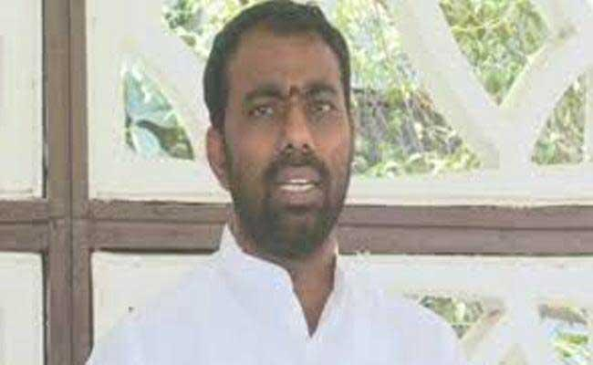 Drought Issue In Rayalaseema Raised By AP BJYM President Ramesh Naidu - Sakshi
