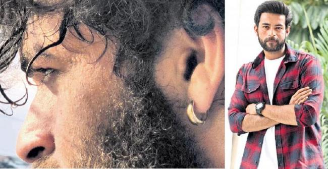 Varun Tej joins the shoot of Valmiki - Sakshi
