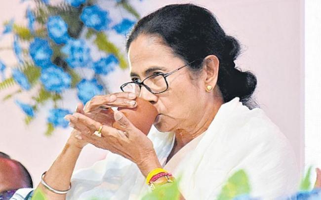 bjp will score a big rosogolla in bengal - Sakshi