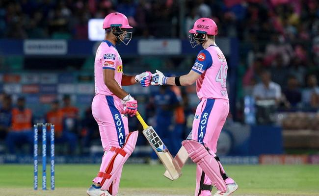 Smith leads from the front in Rajasthan Royals win Against Mumbai - Sakshi