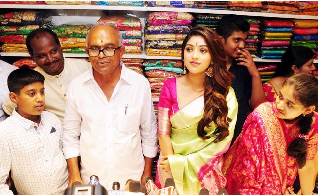 Anu Emmanuel Launch Kanchi Lalitha Silks Showroom Nellore - Sakshi
