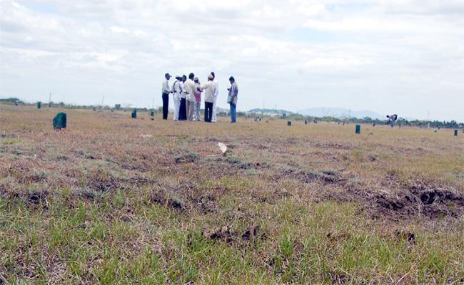 National Highway Construction Delayed in Prakasam - Sakshi