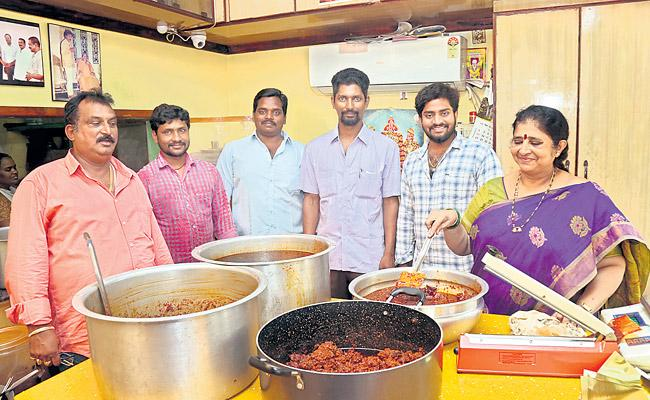 Dishes Gopalaraja is also made of pickles - Sakshi