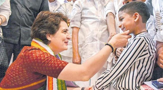 Priyanka Gandhi Election Campaign In Wayanad - Sakshi