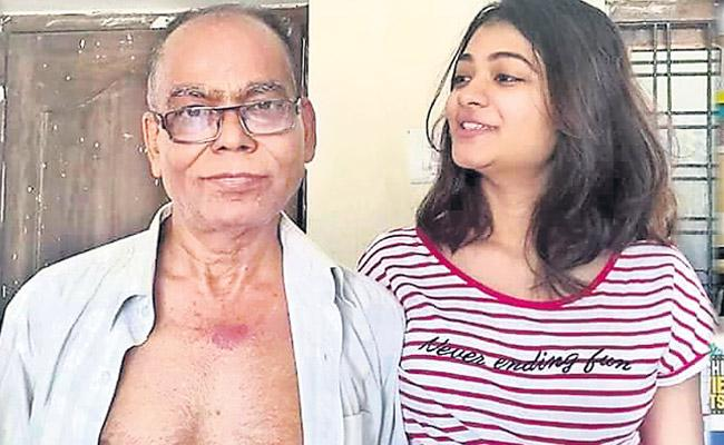 Rakhi Datta Donated 65 Percent of her Liver to Save her Fathers Life - Sakshi