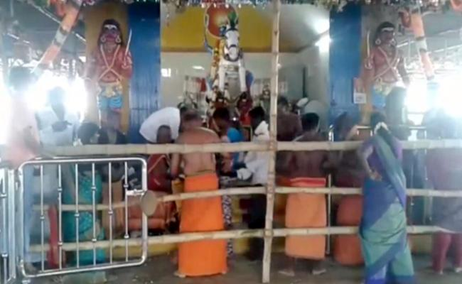 Seven Devotees Died In Stampede At Trichy Temple - Sakshi