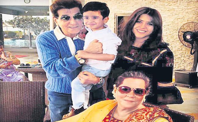 Ekta Kapoor Says her Mom Hates to Take Her to Weddings - Sakshi
