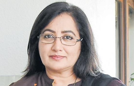Sumalatha alleges threat to those campagining for her - Sakshi