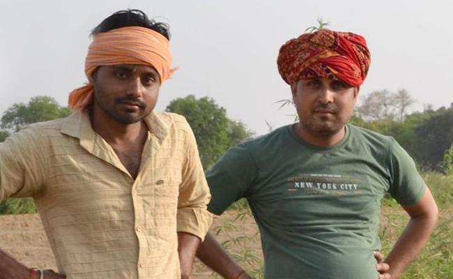 Yadav Youth Supports Akhilesh Yadav - Sakshi