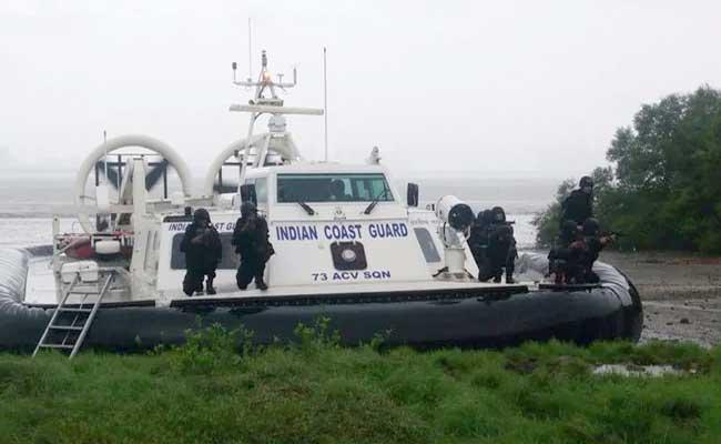 Indian Coast Guard On Alert Following Sri Lanka Blasts - Sakshi