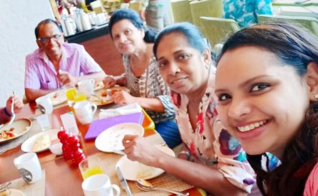 TV Chef And Her Daughter Killed in Sri Lanka Attacks Just Minutes After Take Selfie - Sakshi