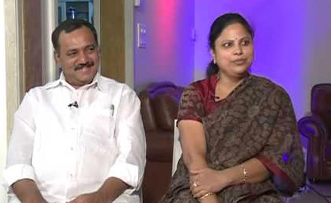 MLA Gandra Venkatramana Reddy Couple gets Emotional - Sakshi