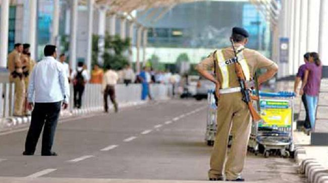Security Tightened In South India After Sri Lanka Terror Attack - Sakshi