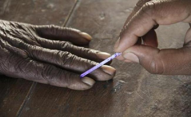 Lok Sabha Third Phase Election Polling Started - Sakshi