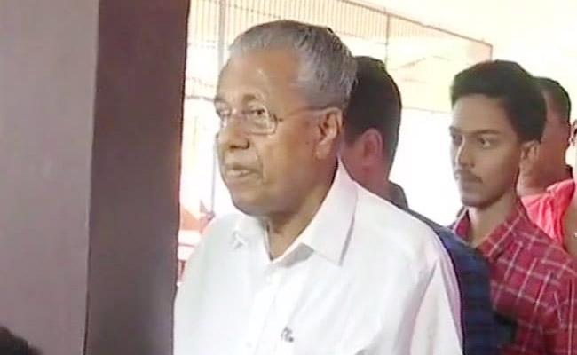 Pinarayi Vijayan Shouted At The Media Persons - Sakshi