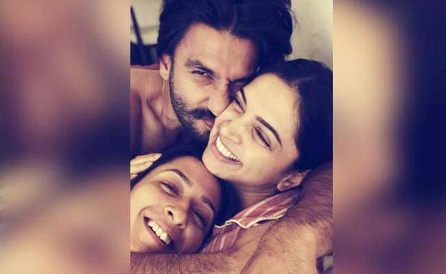 Deepika Padukone Shares Adorable Pic With Ranveer Singh Anisha Padukone - Sakshi