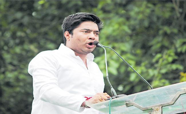 Lok Sabha Election 2019 Mamata Banerjee Nephew Abhishek Banerjee - Sakshi