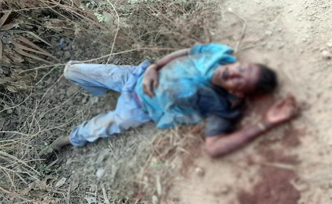 Wife And Her Boy Friend Killed Husband in West Godavari - Sakshi