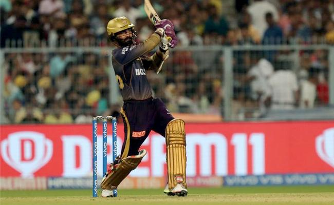 Karthiks IPL best gives KKR 175 Against Rajasthan Royals - Sakshi