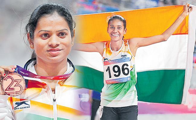 Chitra wins gold at Asian Athletics Championship - Sakshi